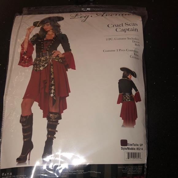 Brand New Leg Avenue Cruel Seas pirate costume sm